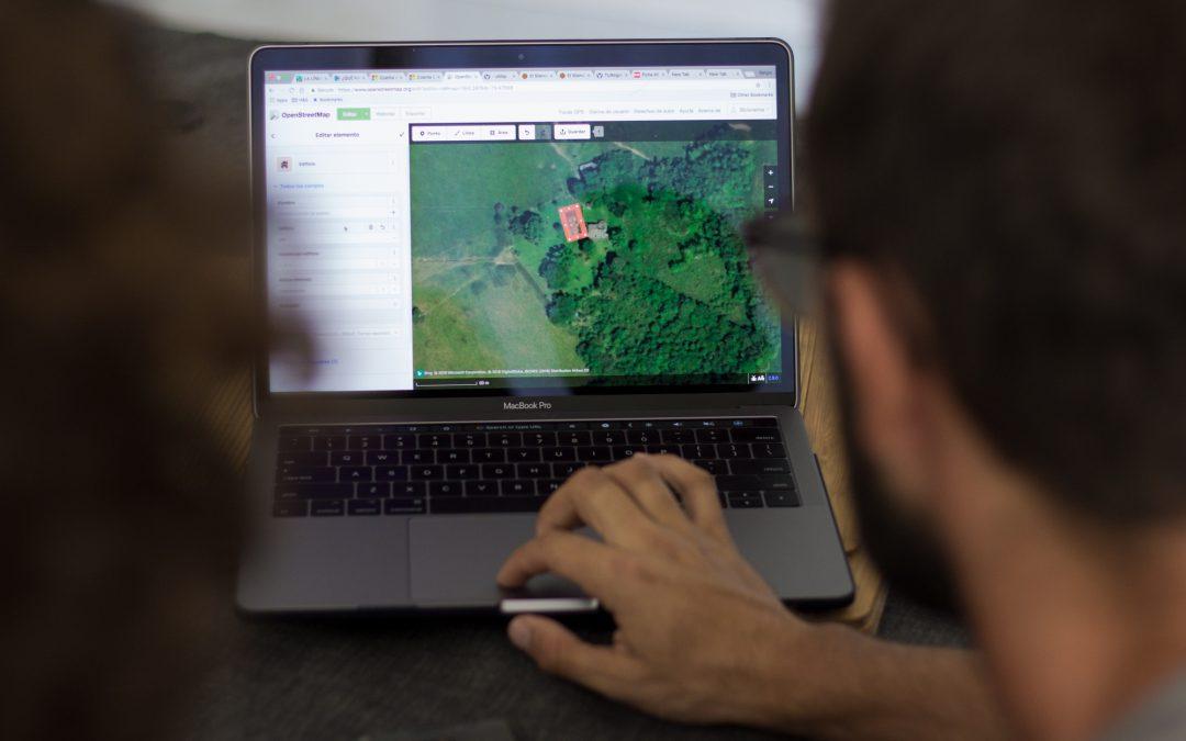 Cartes sur table avec Nomad Maps : agir pour le carto-empowerment